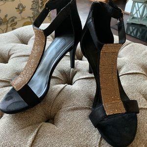 Sparkly heels 👠